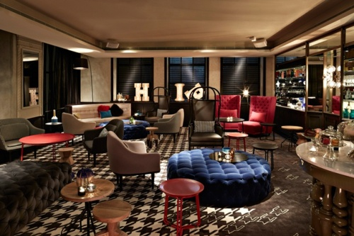 Acclaimed designer Nic Graham's bold design of the hotel is at its pinnacle in the lobby, where historical features are set off by an imposing LED wall of digital art by Daniel Crooks. The 'playground after dark' brings the magic of the old and new alive in conjunction with the city's well-known designers, architects and art connoisseurs.
